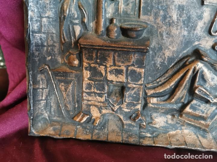 """Arte: Preciosa placa - relieve metálica. 5 kilos. Obra """"el poeta pobre"""" del alemán Carl Spitzweg - Foto 5 - 278578138"""