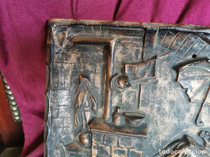 """Arte: Preciosa placa - relieve metálica. 5 kilos. Obra """"el poeta pobre"""" del alemán Carl Spitzweg - Foto 6 - 278578138"""