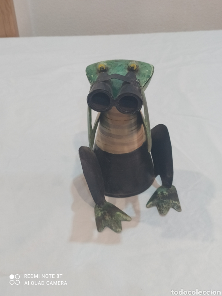 Arte: Antigua figura de hierro pintada rana con prismáticos - Foto 4 - 284574618