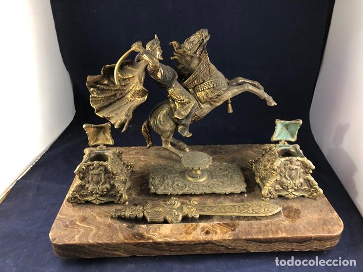 ANTIGUA ESCRIBANÍA ESCRITORIO DE MÁRMOL Y BRONCE (Arte - Escultura - Bronce)