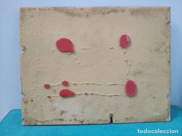 Arte: Fachada en relieve de la Estacion tren del Norte de Valencia con firma de I. Frances - Foto 7 - 287443418