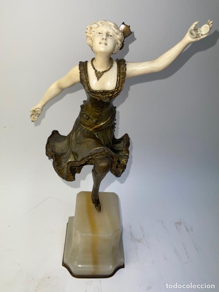 ESCULTURA CRISOELEFANTINA EN BRONCE, MARFIL Y BASE DE ONIX. FIRMADA FOGERE. S.XIX. (Arte - Escultura - Marfil)
