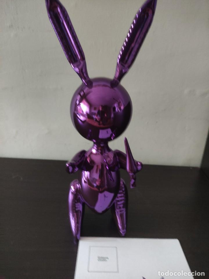 Arte: Jeff Koons - Rabbit morado - Foto 4 - 287481583
