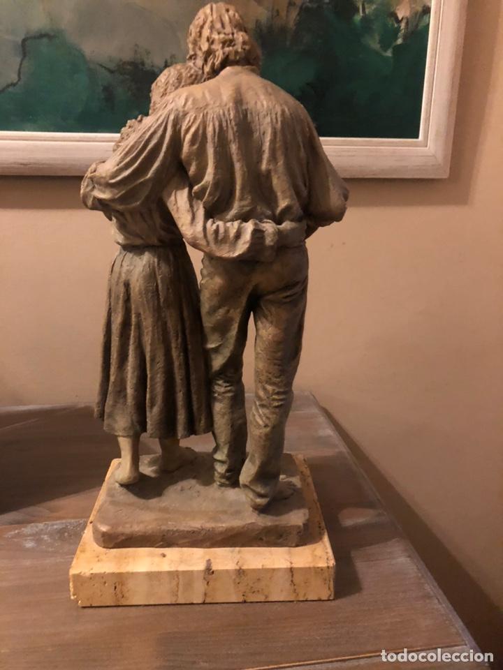 """Arte: Escultura Resina Josep Bofill """"Juntos por el camino """" - Foto 2 - 287788483"""