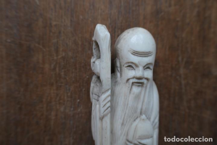 Arte: ANTIGUA PEQUEÑA TALLA DE HUESO MADE IN HONG KONG CON SELLO- 10 CM - CON BASE 12 CM - Foto 2 - 288014583