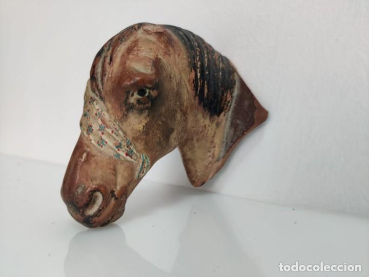 Arte: Busto en terracota de caballo con pañuelo, picador o bandolero. Atribuido Cubero - Foto 8 - 288930313