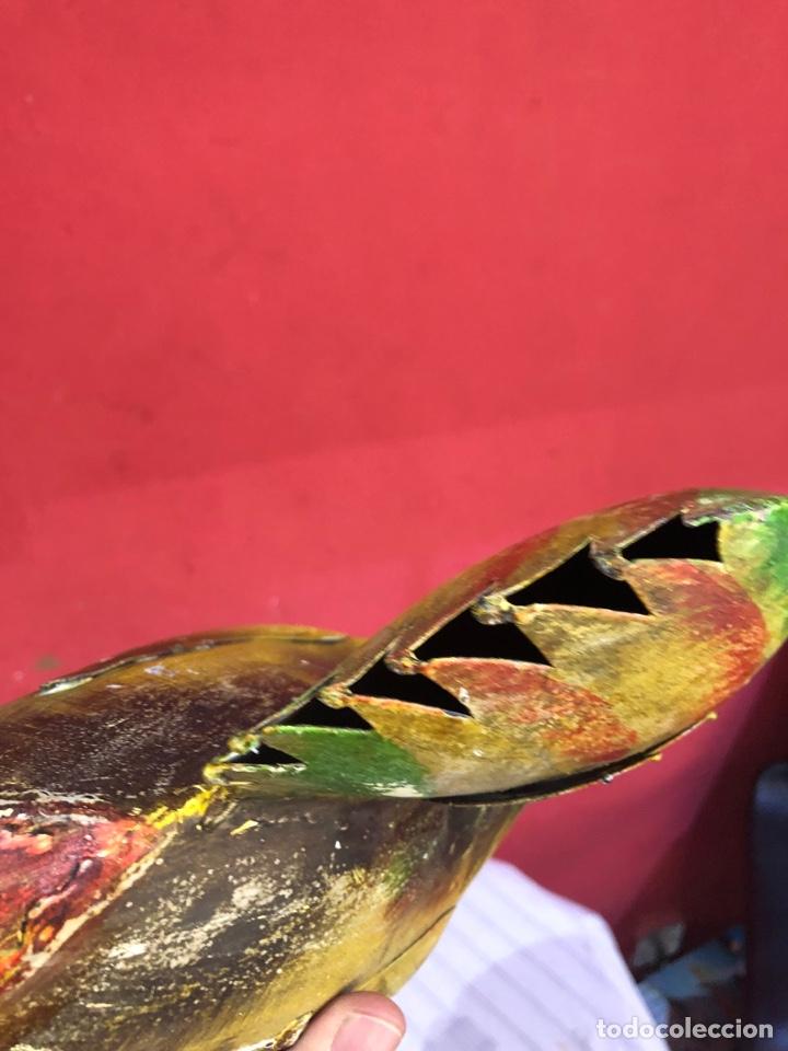Arte: Figura o escultura gallo metal pintado a mano medidas (40x20 cm ) ver fotos - Foto 8 - 289596488