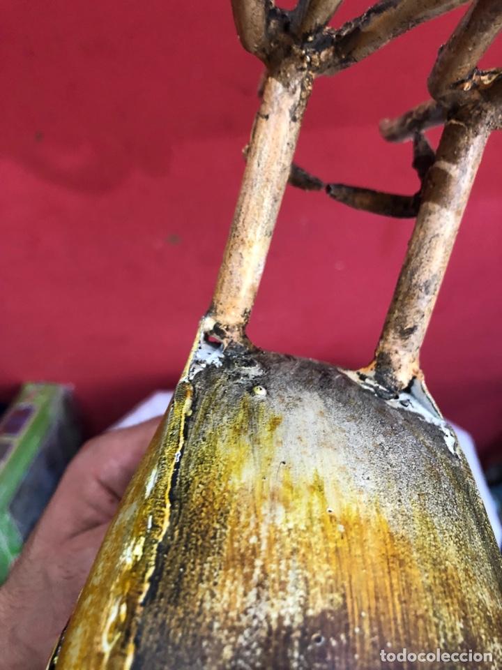 Arte: Figura o escultura gallo metal pintado a mano medidas (40x20 cm ) ver fotos - Foto 13 - 289596488