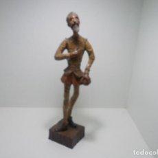 Arte: DON QUIJOTE TALLA DE MADERA 57 CM. DE ALTO. Lote 295635613