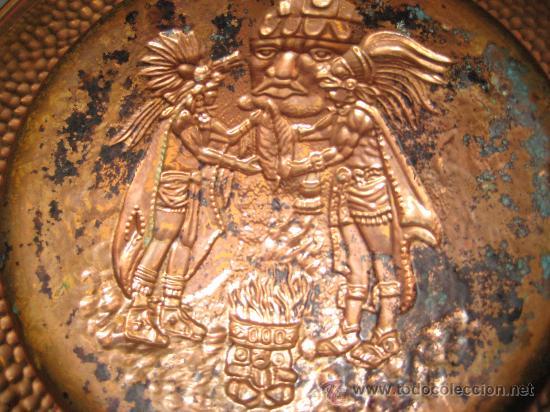 Arte: PLATO DE COBRE CON PAREJA DE INDIOS ( SEÑALES DE HUMO ) AZTECA MEXICO - Foto 4 - 26891047