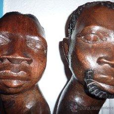 Arte: DOS TALLAS EN MADERA MACIZA AFRICANOS. Lote 15260850