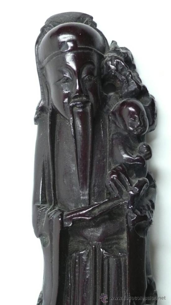 Arte: Figura oriental de madera, altura total con peana: 20 cm. - Foto 2 - 31840515