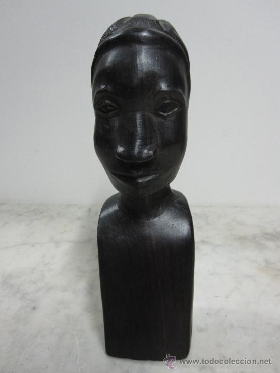 BUSTO AFRICANO TALLADO EN EBANO (Arte - Étnico - África)