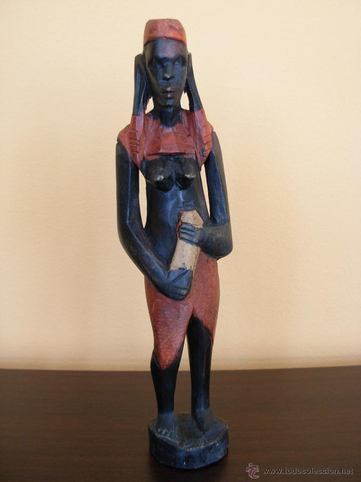 TALLA DE MADERA POLICROMADA AFRICANA (Arte - Étnico - África)