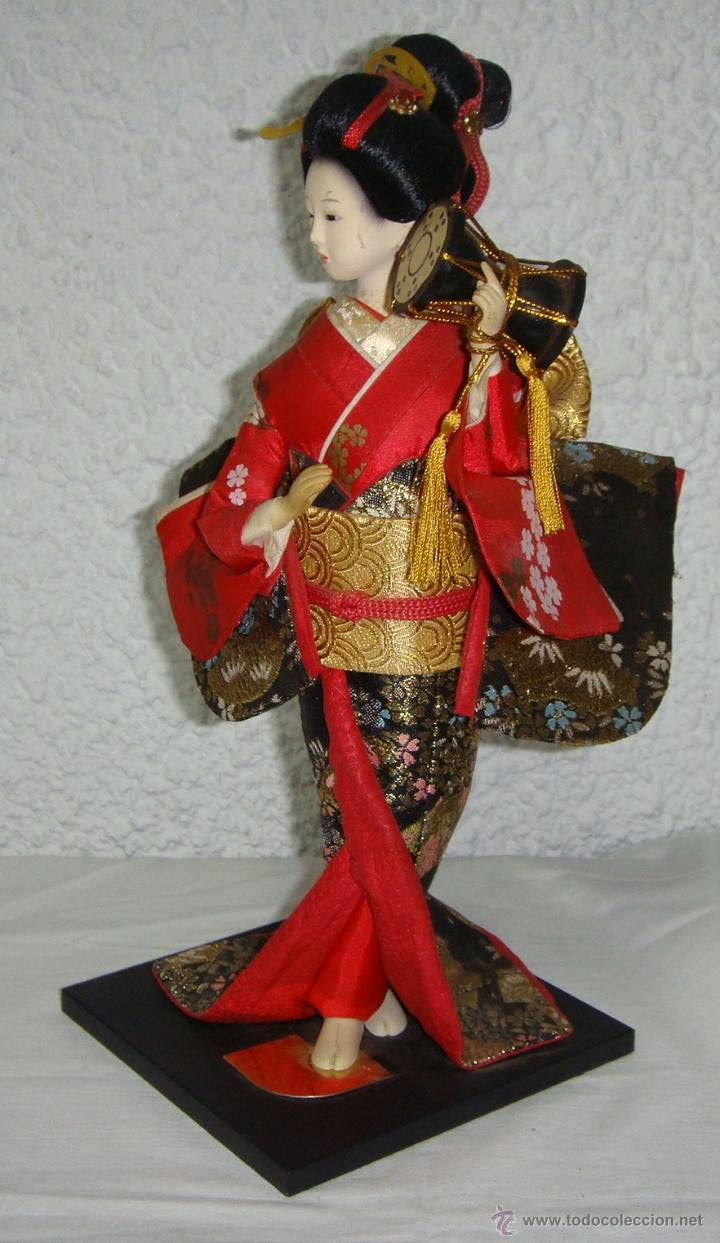 Arte: Antigua Muñeca Geisha. Cuerpo en Pasta de Ostras y Ojos en Cascaras de Vidrio. 31 cm de Altura. - Foto 2 - 45638830