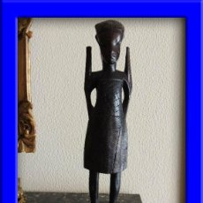 Arte: ESCULTURA DE ARTE ETNICO AFRICANO PROCEDENCIA GUINEA. Lote 37124174