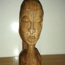 Arte: BUSTO FIGURA MADERA AFRICANA TALLADA 18 X 6 CMTRS.. Lote 46708182