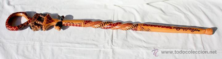 BASTON AFRICANO- CETRO DE MADERA TALLADA A MANO (Arte - Étnico - África)