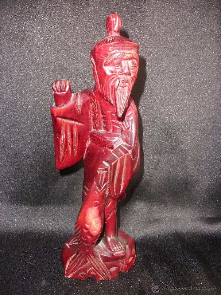 FIGURA ORIENTAL TALLA SABIO CHINO MADERA NOBLE CHINA, ANCIANO PESCADOR 25,5 CM (Arte - Étnico - Asia)