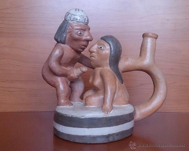 Arte: Botijo antiguo de estilo precolombino erotico en terracota, hecho a mano y policromado . - Foto 11 - 49374920