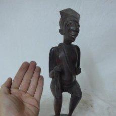 Arte: ANTIGUA ESCULTURA AFRICANA DE MADERA TALLADA, AFRICA, PARECE EN EBANO, DE MADERA NOBLE. Lote 49424319