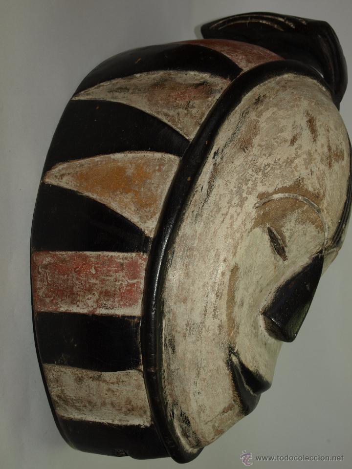 Arte: MASCARA DE MADERA - CAMERÚN- ELABORADA A MANO-38 CM DE LARGO APROXIMADAMENTE - Foto 5 - 51484049