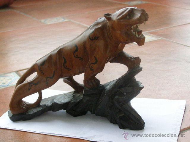 Preciosa Talla En Madera Tigre China Circa 1920