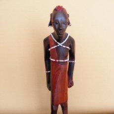 Arte: TALLA DE MADERA AFRICANA POLICROMADA. Lote 52860134