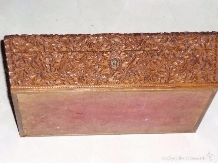 Arte: Caja tallada representando la caza del oso - Foto 9 - 55227828