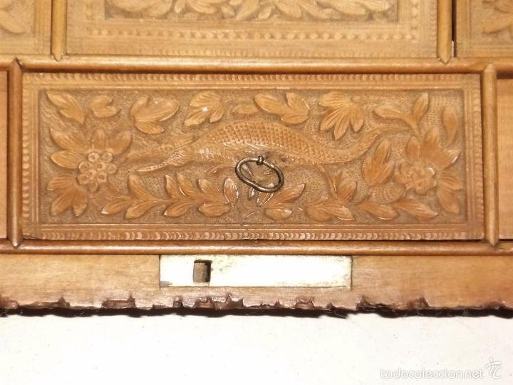 Arte: Caja tallada representando la caza del oso - Foto 24 - 55227828