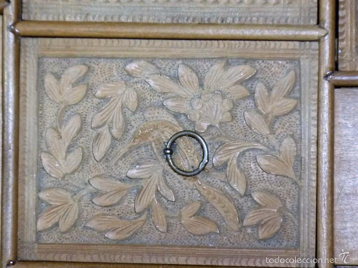 Arte: Caja tallada representando la caza del oso - Foto 25 - 55227828