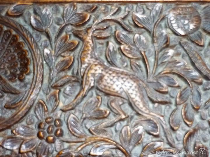 Arte: Caja tallada representando la caza del oso - Foto 31 - 55227828