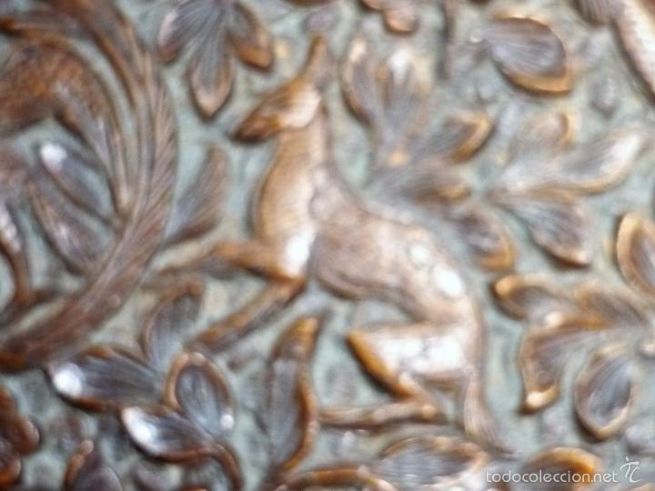 Arte: Caja tallada representando la caza del oso - Foto 35 - 55227828