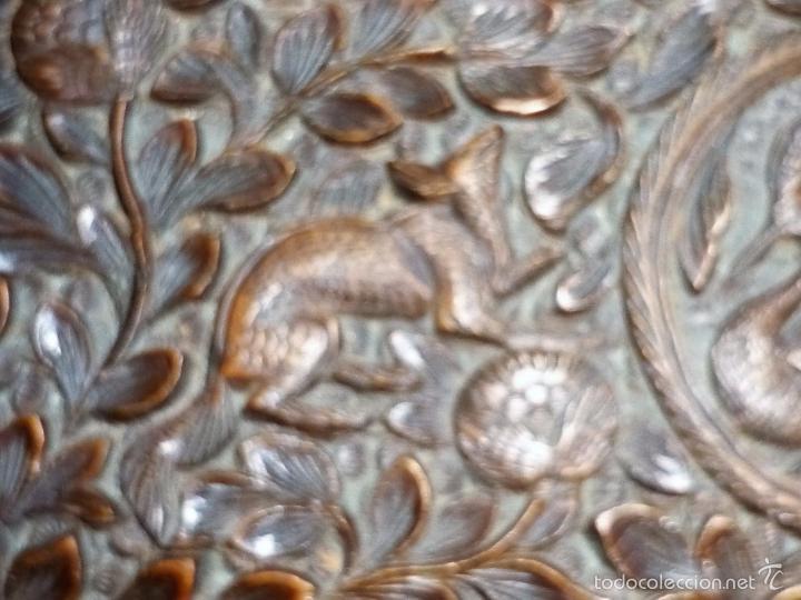 Arte: Caja tallada representando la caza del oso - Foto 37 - 55227828