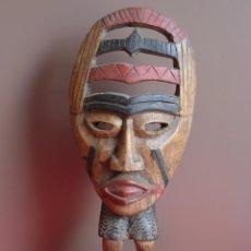 Arte: MUY ORIGINAL ESCULTURA MÁSCARA AFRICANA EN MADERA. Lote 56076363