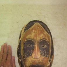 Arte: ANTIGUA MASCARA DE MADERA TALLADA AFRICANA, ORIGINAL, DE GABON, AFRICA. Lote 61271687
