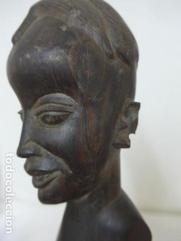 Arte: Antigua escultura busto de madera tallada africana, africa - Foto 2 - 62527392
