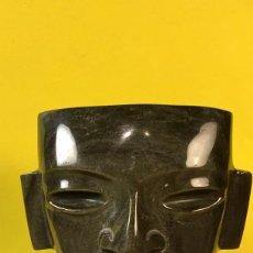 Arte: MASCARA OBSIDIANA TEOTIHUACAN MEXICO AZTECA BASE VIDRIO NEGRO CALIDAD MITAD S XX 11,5X10,5X6CMS. Lote 76084215