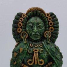 Arte: FIGURA AZTECA EN SÍMIL DE PIEDRA VERDE BELLAMENTE TALLADA A MANO. Lote 78369717