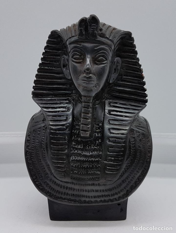 BUSTO FARAÓNICO ANTIGUO EGIPCIO EN SÍMIL DE PIEDRA CALIZA BELLAMENTE TALLADO A MANO (Arte - Étnico - África)