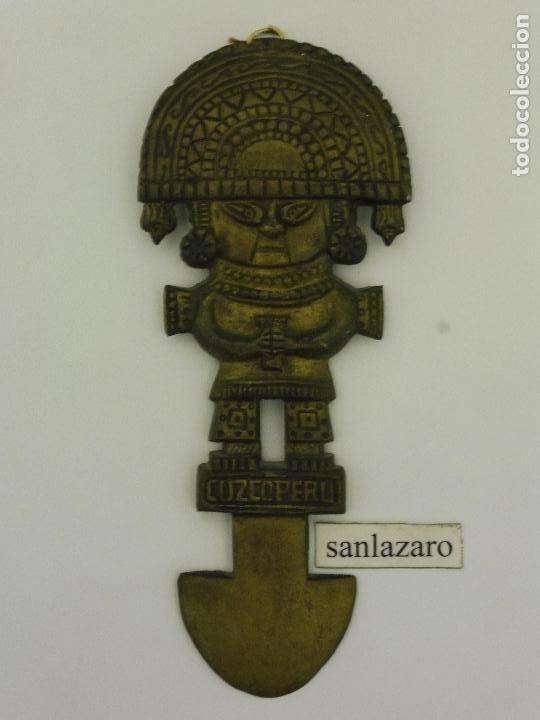 CUCHILLO CEREMONIAL DE BRONCE O TUMI CULTURA MOCHICA 27 CM LARGO F481 (Arte - Étnico - América)