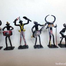 Arte: INUSUAL GRUPO DE 6 MUSICOS AFRICANOS ARTE TRIBAL SIGLO XX. Lote 87318892