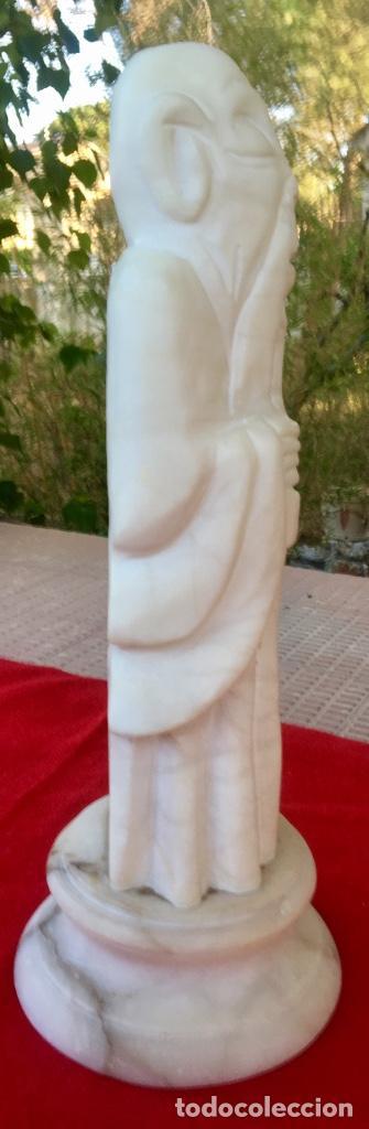 Arte: Figura talla alabastro sabio chino oriental años 60 España con base en alabastro 32x10cm - Foto 5 - 88378316