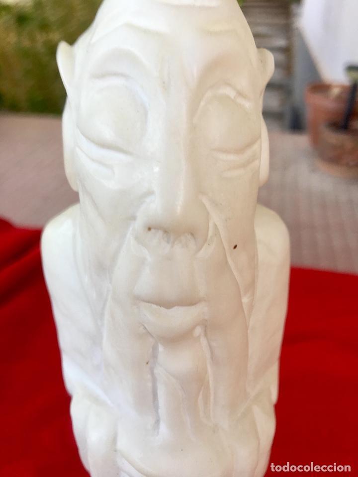 Arte: Figura talla alabastro sabio chino oriental años 60 España con base en alabastro 32x10cm - Foto 14 - 88378316