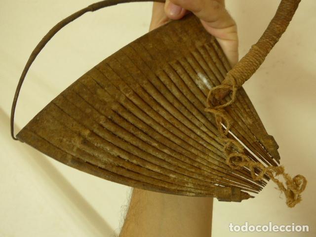 Arte: Antiguo taparrabos o bragas de hierro africanas, de tribu kridi de camerun. Arte africano. Original. - Foto 6 - 90731350