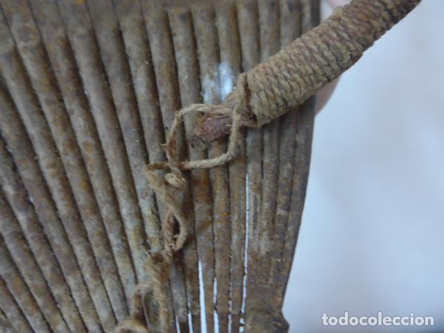 Arte: Antiguo taparrabos o bragas de hierro africanas, de tribu kridi de camerun. Arte africano. Original. - Foto 8 - 90731350