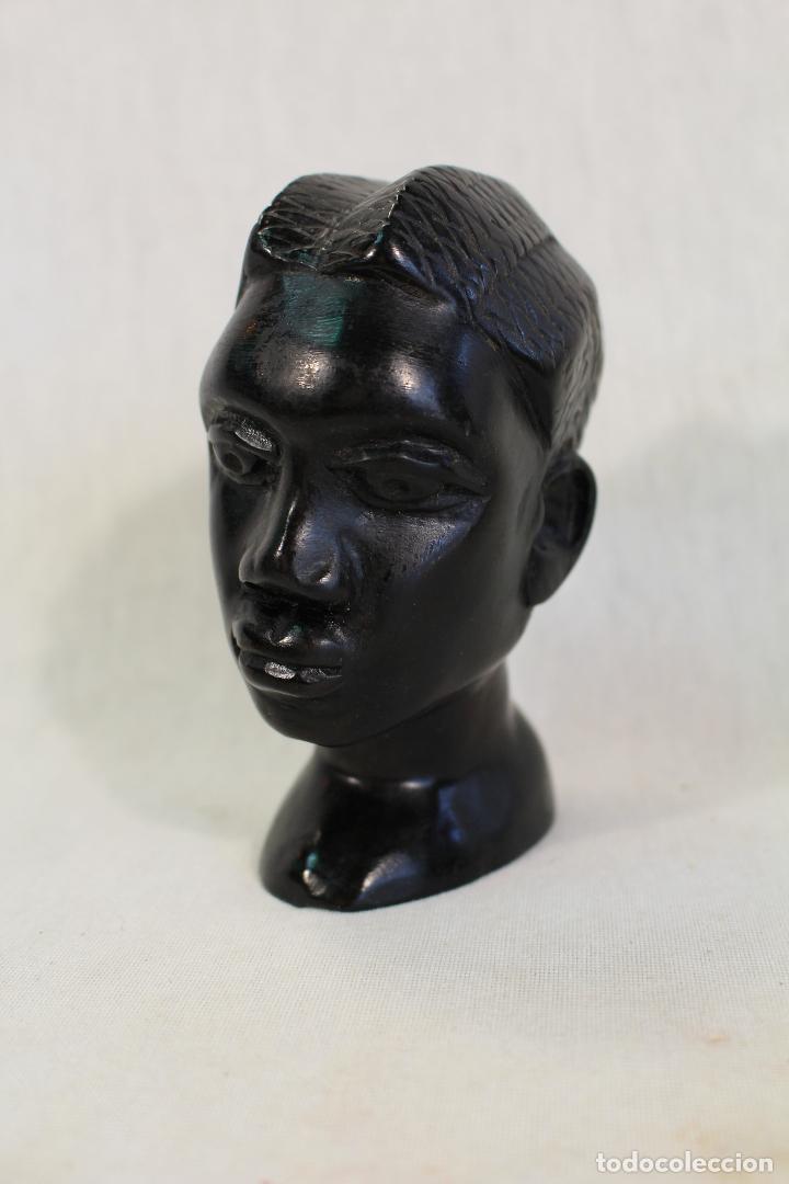 BUSTO AFRICANO EN MADERA TALLADA (Arte - Étnico - África)