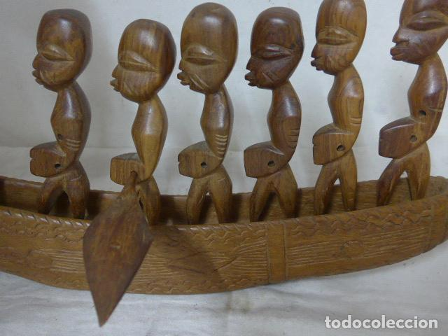 Arte: Antigua gran canoa barca de madera tallada africana, original. Guinea o senegal, Africa. - Foto 3 - 99148423