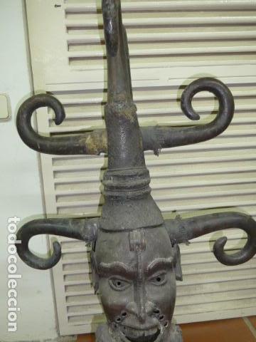 Arte: Gigante escultura antigua de bronce africano, original, dos caras distintas, africa. +1 metro alto. - Foto 8 - 102488595