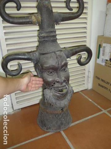 Arte: Gigante escultura antigua de bronce africano, original, dos caras distintas, africa. +1 metro alto. - Foto 9 - 102488595